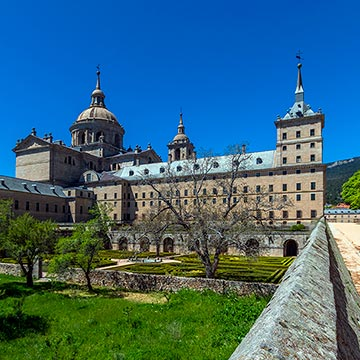 San Lorenzo de El Escorial, sitio real y natural, en 10 imprescindibles